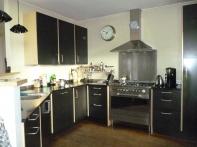 De fronten van deze keuken zijn van zwart mdf.De wangen berken multiplex